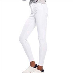 New TOPSHOP Jamie High Waist Ankle Grazer Jeans 32